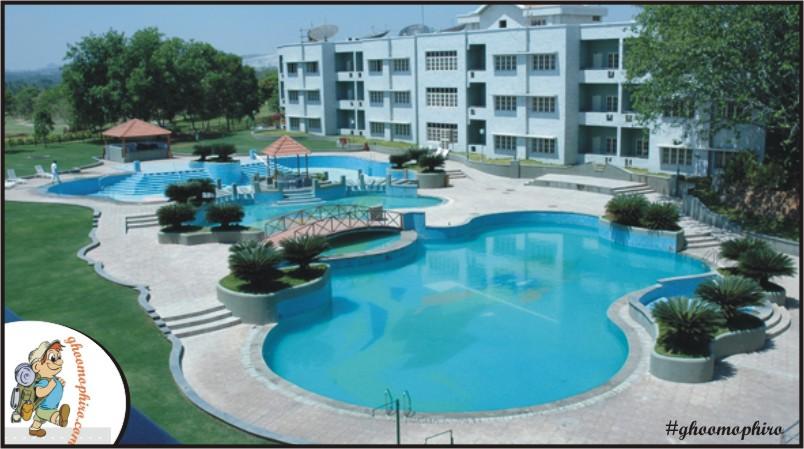 wonderla-swimmingpool