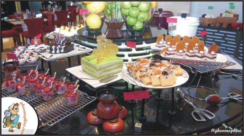 Buffet Spread at MOMO Cafe.