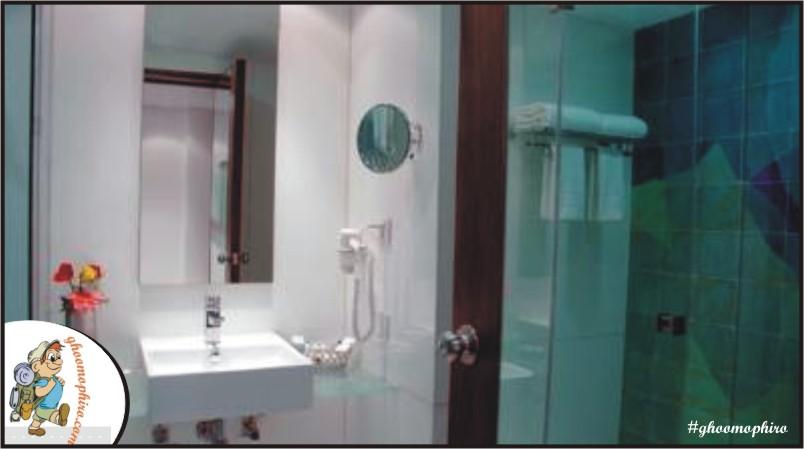 metropole-washroom